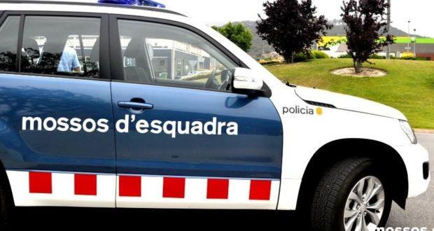 mossos-cotxe2